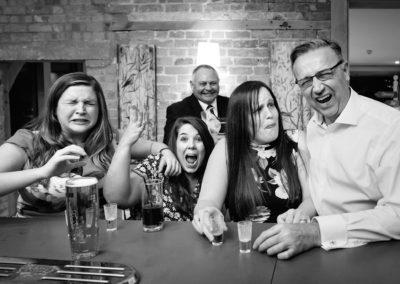 wedding-guests-drinking-shots